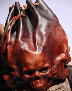 Handmade Leather Drawstring Backpack Skull Design Shoulder Bag Overview Handbags designed by Michael Kors Mode Bizarre, Steampunk Accessoires, Steampunk Bags, Top Mode, Estilo Rock, Skull Design, Leather Projects, Skull And Bones, Leather Tooling