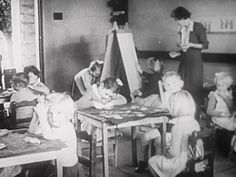 School in the 1940s - History (1,2,3) - video. Imagine going to school in the 'olden days' (the 1940s).