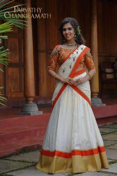 Kerala Saree Blouse Designs, Half Saree Designs, Lehenga Designs, Set Saree, Half Saree Lehenga, Kerala Engagement Dress, Engagement Dresses, Indian Bridal Sarees, Frock Design