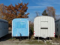 Alte Bauwagen mit Patina in Markt Burgheim im Kreis Neuburg-Schrobenhausen in Oberbayern
