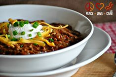 Kickin' Chili – Low Carb, Gluten Free, Slow Cooker // per 1 cup serving, 137kcal, 4.7g net carbs, 5g fat, 16g protein.