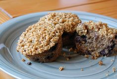 Paleo Blueberry Coconut Crumb Muffins (Grain Free): I made these this morning without the crumb topping. Had to put the oven on broil at the end to brown the tops of the muffins. Blueberry Crumb Muffins, Coconut Muffins, Blueberry Crisp, Baking Muffins, Coconut Flour, Almond Flour, Paleo Recipes, Low Carb Recipes, Real Food Recipes