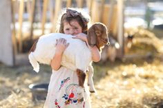 When in doubt, give her a goat.   #dayinthelifephotography #lifestylephotography #childphotography #photographyinspiration