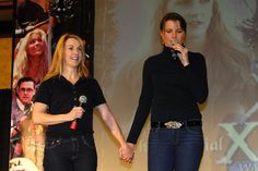 Renee O'Connor & Lucy Lawless