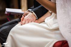 Hochzeit bei Münschen Kloster Scheflarn Holding Hands, Blog, Engagement, Pictures, Hand In Hand, Blogging