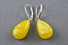 Butterscotch Beads Genuine Baltic Amber Sterling Silver Earrings 5g Amber Earrings, Sterling Silver Earrings, Drop Earrings, Baltic Amber, Minerals, Product Description, Beads, Etsy, Jewelry