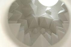 Ce travail est inspiré de la pierre de Géode. Cet objet est réalisé en impression 3D, résine et poudre. Marion Rousselin