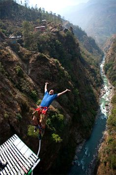 Skydiving no problem, but Bunjie Jumping I still cant decide....