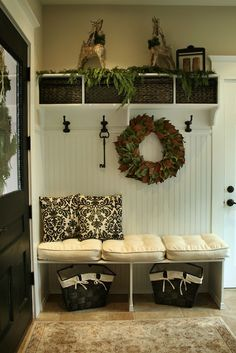 such a cute entryway