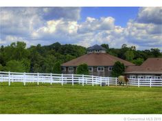 Check out this incredible #equestrian property at Falls Creek Farm http://www.williampitt.com/horse-home-equestrian-properties/