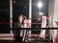 Nuestra Directora @PalomaGiraldo supervisando la grabación! #rubricacreativa