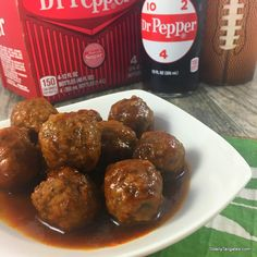 Dr Pepper Meatball Appetizers is part of Heavy Chicken appetizers - Dr Pepper Meatball Appetizers are an economical and easy crowd pleaser for tailgates, football watch parties, Netflix marathons & the office potluck! Heavy Appetizers, Chicken Appetizers, Easy Appetizer Recipes, Meatball Appetizers, Meatball Recipes, Beef Recipes, Tailgating Recipes, Tailgate Food, Dr. Pepper
