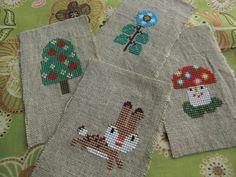 イメージ 1 Gera!さんデザイン・アリスの Cross Stitch Embroidery, Cross Stitch Patterns, Cross Stitch For Kids, Pearler Beads, Crossstitch, Needle And Thread, Christmas Stockings, Needlework, Alice