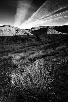 Morning on Snowdon by benjeev (via Creattica)