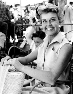 "Doris Day on the set of Alfred Hitchcock's ""THE MAN WHO KNEW TOO MUCH (1956)."