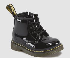 Martens Infant 1460 Patent Leather Lace Up Boots in Black Patent Lamper Cute Baby Shoes, Baby Girl Shoes, Cute Baby Clothes, Infant Girl Shoes, Toddler Shoes, Kid Shoes, Girls Shoes, Dr. Martens, Black Lace Boots