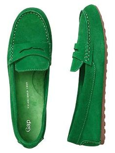 Gap Driving Moccasins in Green Women's Shoes, Cute Shoes, Me Too Shoes, Shoe Boots, Shoe Bag, Flat Shoes, Dress Shoes, Zapatillas Casual, Driving Moccasins