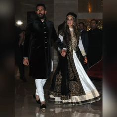 Yuvraj Singh and Hazel Keech's Sangeet Pictures are out and They Look Majestic! Nov 29, Chandigarh, via @topupyourtrip