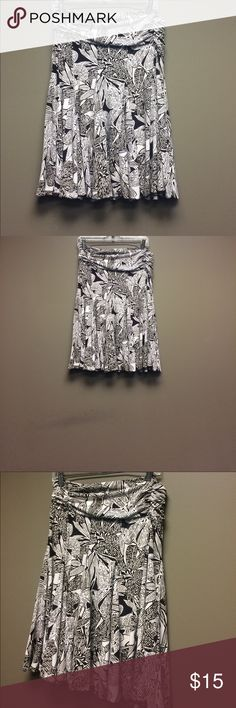 Apt. 9 Stretch Brown & White Floral Print Skirt M Apt. 9 Stretch Brown & White Floral Print Skirt M Apt. 9 Skirts Midi