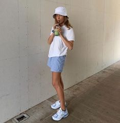 Stolen Inspiration: Mode, skønhed og livsstil fra New Zealand Trendy Outfits, Cute Outfits, Fashion Outfits, Fashion Tips, Fashion Killa, Look Fashion, 80s Fashion, Cheap Fashion, Fashion Women