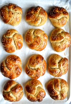 Can we just take a minute to really go over how delicious bread is And then take another minute to go over how delicious Challah bread is I admit, I am so happy that I am not Gluten Intolerant or one of those people that just pretend they are Gluten intolerant. Like who would do...
