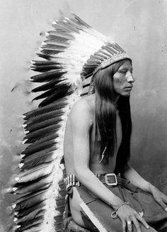 Arapaho Man, Wyoming, (Antique photo of Native American) Native American Pictures, Native American Beauty, Native American Tribes, Native American History, American Indians, American Art, Native Americans, American Quotes, American Symbols