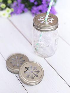 Perfekt für jedes Ball Mason Glas - die tollen Blumendeckel für kalte Getränke! In vielen weiteren Farben erhältlich!