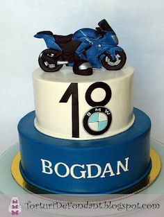 Motorcycle Birthday Cakes, Dirt Bike Birthday, Motorcycle Cake, Bmw, Tire Cake, Birthday Cakes For Men, 80th Birthday, Cupcakes, Pretty Cakes