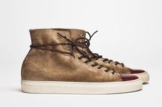 Creative Shoes, Buttero, Tanino, High, and Suede image ideas & inspiration on Designspiration Best Sneakers, Suede Sneakers, High Top Sneakers, Sneaker Boots, Men's Fashion Brands, Fashion Accessories, Crazy Shoes, Me Too Shoes, Leather And Lace