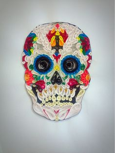 Aaaaand, now I have to take up paper quilling too. Quilled Paper Art, Quilling Paper Craft, Paper Crafts, Sugar Scull, Sugar Skull Art, Quilling Patterns, Quilling Designs, Quilling Ideas, Origami