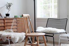 hay,50-luvun lipasto,pinnatuoli,olohuone,tuolit