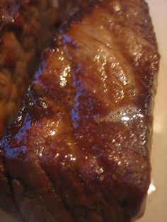 London Broil Marinade 1/3 cup of olive oil 1 clove of garlic smashed 3 T ketchup 2 T soy sauce 1 T Worcestershire sauce salt and pepper to taste