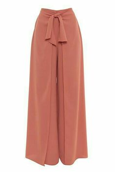 31 Creative Ways to do a Wrap Pants for Everyday Outfit Muslim Fashion, Modest Fashion, Hijab Fashion, Fashion Outfits, Classy Outfits, Trendy Outfits, Pants For Women, Clothes For Women, Formal Trousers Women