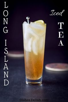 Long Island Iced Tea Cocktail This Long Island iced tea packs a punch. Usually you can consume only one because its made with 5 different alcohols but it is so delicious! The post Long Island Iced Tea Cocktail appeared first on Getränk. Iced Tea Cocktails, Beste Cocktails, Fruity Cocktails, Cocktail Drinks, Cocktail Ideas, Alcholic Drinks, Liquor Drinks, Beverages, Vodka Mixed Drinks