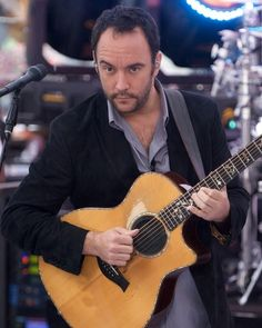 Dave Matthews -- With this look, I'm a goner. Music Love, Music Is Life, My Music, Live Music, I Still Love Him, My Love, My Favorite Music, My Favorite Things, Dave Matthews Band