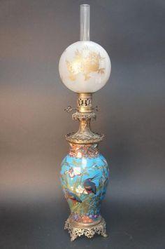 Lot : STYLE BARBEDIENNE.  - Lampe à pétrole composée d'un vase japonais en laiton à[...] | Dans la vente Céramique, Tableaux, Mobilier & Objets d'Art à Sadde - Dijon