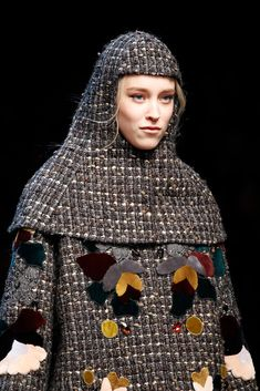Dolce & Gabbana Fall 2014 Ready-to-Wear Fashion Show Dolce & Gabbana, Look Fashion, Fashion Show, Fashion Design, Fashion 2014, Vogue, Fall Collections, Feminine Style, Designer Collection