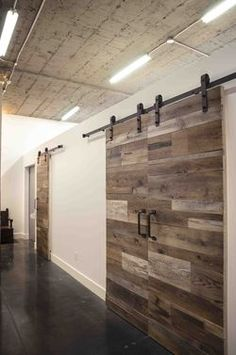 Barn sliding door rail rona deck idea pinterest - Rail pour porte de grange coulissante ...