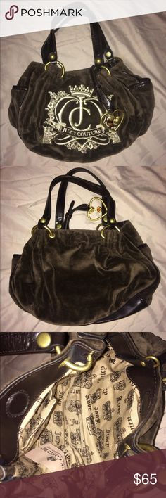 ✨ Classic Juicy Couture Purse ✨ ✨ Classic Juicy Couture Purse ✨ this is the smaller version of the original size. Amazing quality & great condition. Just like new, purse keychain included. Shop JUICY COUTURE & MORE on my page ✨ I ACCEPT ALL REASONABLE OFFERS❗️Happy shopping 🎉🎉🎉 Juicy Couture Bags Shoulder Bags
