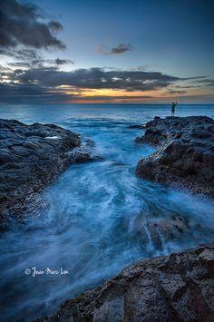 ISLA MAURICIO Under the Lighthouse