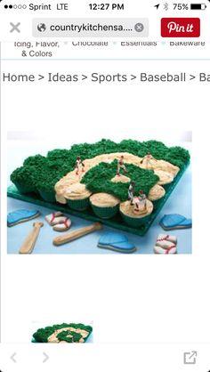 Baseball diamond cupcakes Play Baseball Games, Baseball Treats, Sports Baseball, Green Beans, Icing, Cupcakes, Diamond, Birthday, Ethnic Recipes