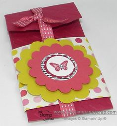 Petite-Pocket-gift-card-holder