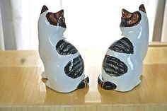Beautiful  Fitz and Floyd White Cat Figurines w/ Black & Brown Stripes