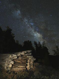 Lyrid Meteor and Milky Way