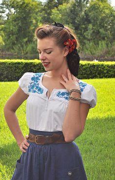 Vintage Peasant Blouse #peasant #blouse