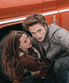 Twilight Scenes, Twilight Saga Quotes, Twilight 2008, Twilight Saga Series, Twilight Book, Twilight Cast, Edward Cullen, Edward E Bella, Twilight Bella And Edward