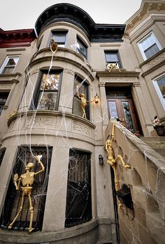 Skeletons Climbingon House by Mrs Limestone #Halloween