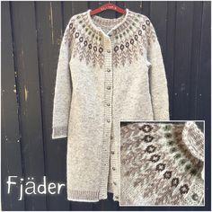 """f5b8dfc3 Hanne Rimmen on Instagram: """"Så er model Fjäder strikket op i en hyggelig  lang cardigan, i smukke lyse nuancer 🦅 Opskriften til trøjen kan købes på  ..."""