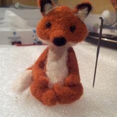Petit renard zen en laine feutrée