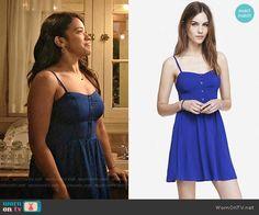 Jane's blue button front dress on Jane the Virgin.  Outfit Details: http://wornontv.net/54066/ #JanetheVirgin
